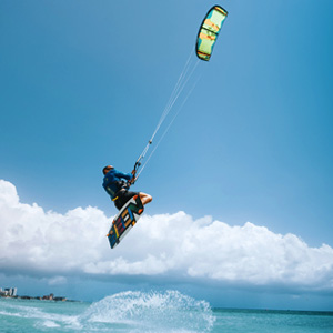 Kitesurfing lessons classes in Aruba